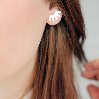 DIY Eyelash Earring