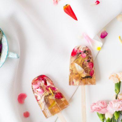 DIY Floral Valentine's Soap Pops