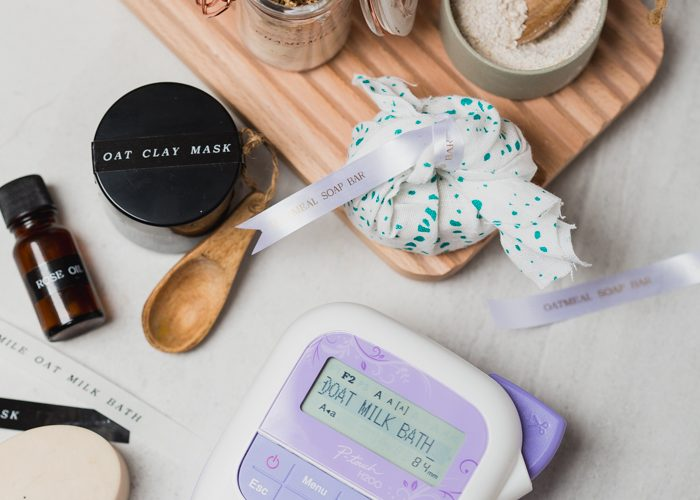 3 Easy DIY Beauty Gifts to Make with Oats