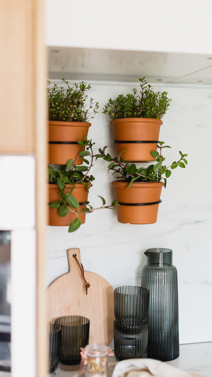 How To Make An Easy Indoor Herb Wall Garden Fall For Diy